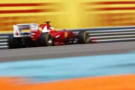 Alonso: «No se descarta nada, pero meta es sacar un punto más que el segundo»