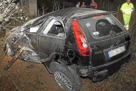 Un conductor se sale de la carretera de Manacor y 'aterriza' en una finca