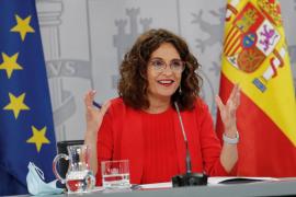 Montero pide «prudencia y discreción» para llegar a un acuerdo y que los municipios presten dinero al Gobierno