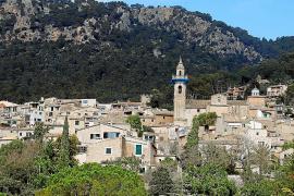 El Ajuntament de Valldemossa retira honores a cuatro militares franquistas