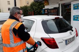 El precio de los carburantes encadena su undécima subida