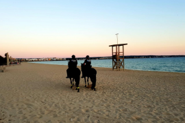 Palma destina 120 agentes de la Policía Local a la campaña veraniega en las zonas estratégicas