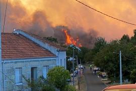 Casi 850 hectáreas quemadas en tres incendios forestales en Ourense