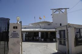 El Club Marítimo Molinar critica tener que abandonar el espacio cedido por APB sin haber acabado las obras de su club
