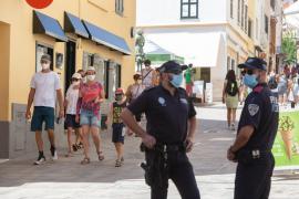 Dos restaurantes de Menorca cierran por un positivo en coronavirus en su plantilla