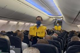 TUI cancela sus vuelos a la Península y a Canarias