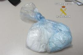 Detenidos en el Port de Palma dos hombres por transportar cocaína en los genitales de uno de ellos