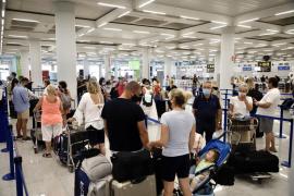 Los turistas británicos de Mallorca, entre la sorpresa y la resignación