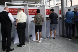 Alemania anuncia que los viajeros que vuelvan de zonas de alto riesgo tendrán que hacerse las pruebas