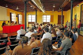 Preparan una consulta popular sobre los recortes de Bauzá y Rajoy
