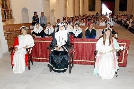 La presencia de la Beata en la misa del pregón enfrenta a los políticos de Santa Margalida