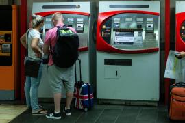 Reino Unido justifica la cuarentena en un repunte de casos en España del 75 %