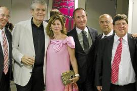 El público del Liceu en pie despide a Joan Pons en su adiós a los escenarios