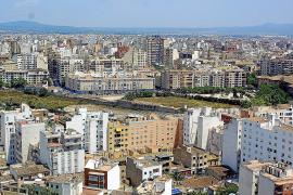 Madrid amenaza con impugnar la norma del Govern balear en contra de los fondos buitre