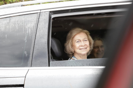 La reina Sofía y la infanta Elena inician sus vacaciones en Mallorca