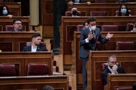 Cs se ofrece a Sánchez para pactar los Presupuestos y evitar a «los del chantaje»