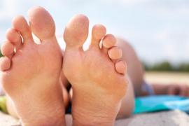 Cómo cuidar la salud de nuestros pies en verano