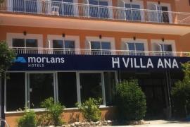 Aislados diez turistas en un hotel COVID de Peguera