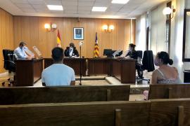 Condenada por introducir marihuana para su hijo en la cárcel de Palma