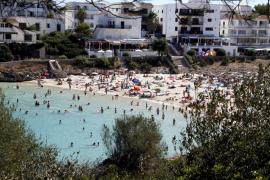 Playas que aún conservan una imagen marinera tradicional