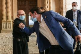 Pablo Iglesias califica de «indigna» la «huida» de España del rey
