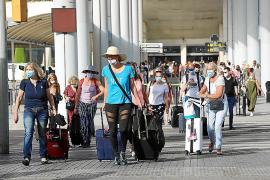 La AIReF investigó los datos de 855.246 vuelos de residentes