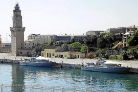 Dos unidades de la Armada participan en la seguridad de la Familia Real