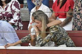 Ana Soria vive su primer gran susto con la cogida de Enrique Ponce en El Puerto
