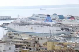 Las escalas de cruceros en los puertos de Balears caen un 22% en el primer semestre