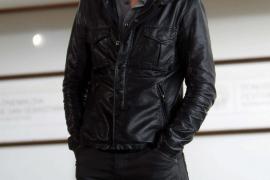 Tom Hiddleston supera a Chris  Hemsworth como actor «más caliente»