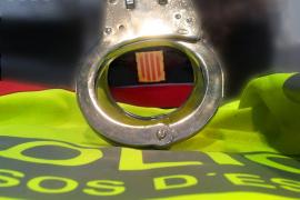 Detenido por una agresión homófoba con una barra de hierro a una pareja en Barcelona