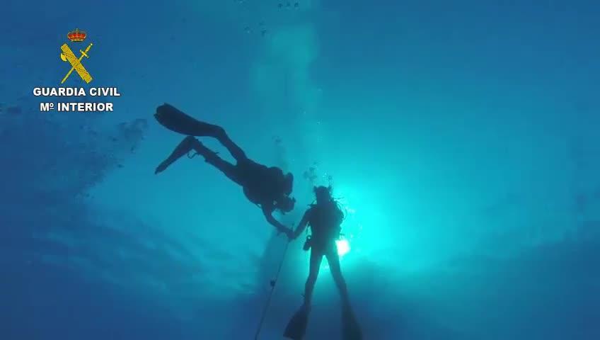 Los GEAS buscan al submarinista fallecido en Andratx