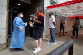 Las muertes suben pero bajan los nuevos casos de coronavirus en España