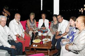 Jaume Ensenyat reúne a sus amigos en el Altamar de Sóller para festejar su 80 aniversario