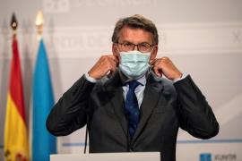Galicia prohíbe fumar en la calle si no hay distancia de seguridad