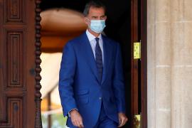 Felipe VI habla con el presidente libanés sobre la explosión en Beirut