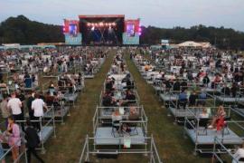 El nuevo concierto distanciado genera división de opiniones