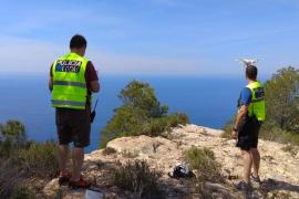 Muere precipitado desde una altura de más de cien metros en Ibiza