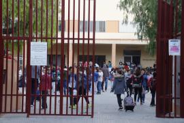 Padres 'insumisos' se plantean no llevar a sus hijos a clase por el virus