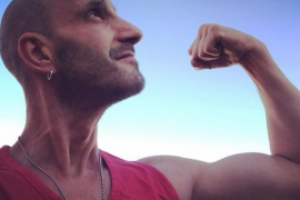 El actor Dani Rovira anuncia que está curado del cáncer