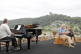Mendoza da claves de su literatura ante el público del Festival de Pollença