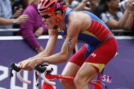 Gómez Noya, medalla de plata en triatlón