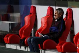 El Barça destituye a Quique Setién