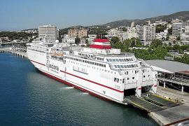 Detenido un camionero tras intentar arrollar a un marinero en un ferry en el Port de Palma