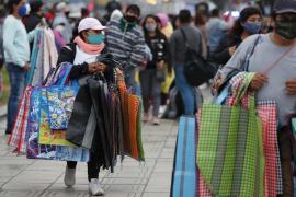 Perú negocia con seis laboratorios para adquirir 30 millones de vacunas