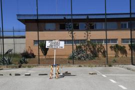 Prisión de Palma: 37 trabajadores aislados, ocho positivos y uno hospitalizado, según UGT