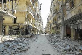 Al Asad logra la retirada de los rebeldes de zonas claves de Alepo