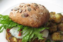 Receta de hamburguesa de calabacín y queso vegano