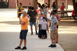 Torra reclama un subsidio para la conciliación familiar ante positivos en las aulas