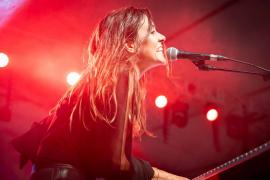 Las mejores imágenes del concierto de Maika Makovski (Fotos: Toni P.)